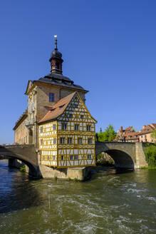 Altes Rathaus und Obere Brücke, Fluss Regnitz, Bamberg, Oberfranken, Franken, Bayern, Deutschland, - LBF02604