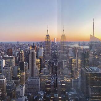 Skyline at sunset, Manhattan, New York City, USA - MMAF00986