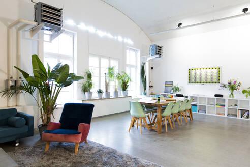 Modern office interior - FKF03337