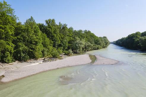 Isar unterhalb vom Stauwehr Oberf�hring, Englischer Garten, Schwabing und Bogenhausen, M�nchen, Oberbayern, Bayern, Deutschland - SIEF08759