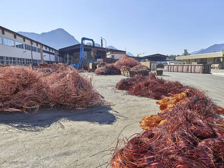 Austria, Tyrol, Brixlegg, Electronic copper wires being recycled in junkyard - CVF01252