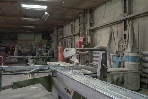Russia, Amur, Blagoveschensk, carpenter, furniture, team, business - VPIF01308