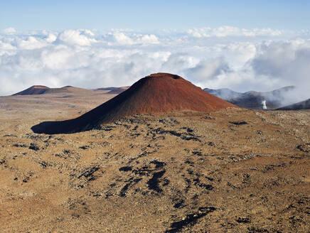 Idyllic view of Mauna Kea volcano against cloudy sky - CVF01299