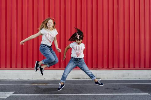 Sevilla, Spain, kids, sisters - ERRF01624