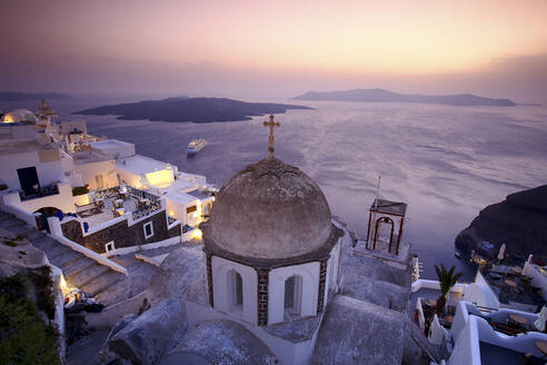 Panoramic view of Oia, Santorini, Greece - DSGF01854