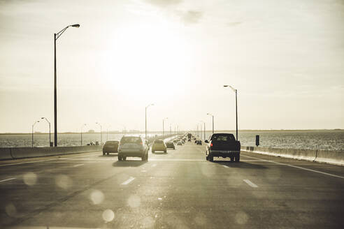 USA, Florida, Tempa, Highway über Meer - CHPF00544