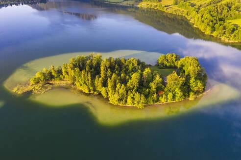 Insel Wörth, Schliersee, Drohnenaufnahme, Oberbayern, Bayern, Deutschland - SIEF08832