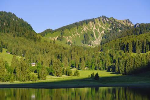 Spitzingsee, Berg Bodenschneid, Mangfallgebirge, Oberbayern, Bayern, Deutschland - SIEF08835