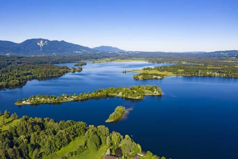 Blick auf Staffelsee mit Gradeninsel, Gradeneiland, Insel Buchau, Bayerisches Alpenvorland, Oberbayern, Bayern, Deutschland, - LHF00670