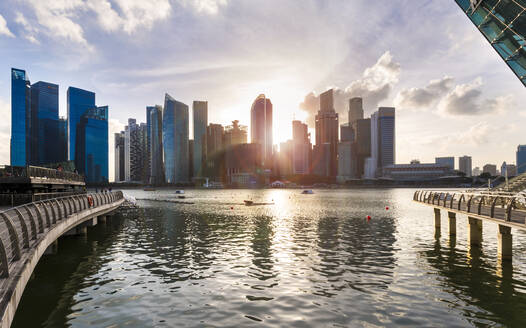 Singapore, Singapore, Skyline Financial District and Marina Bay - HSIF00713
