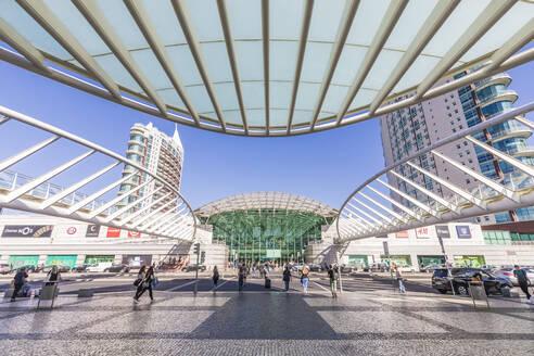 Portugal, Lissabon, Stadtteil Parque das Nacoes, ehemaliges Expo-Gelände, Blick vom Gare Oriente z. Einkaufszentrum Centro Comercial Vasco da Gama - WD05365