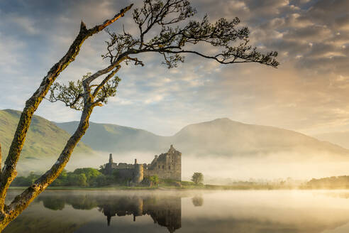 Kilchurn Castle at sunrise in Scotland, Europe - RHPLF01657