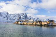 Typical fishermen's huts (Rorbu), Sakrisoy, Lofoten Islands, Nordland, Norway, Europe - RHPLF05009