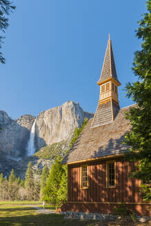 Yosemite Valley Chapel, Yosemite National Park, UNESCO World Heritage Site, California, United States of America, North America - RHPLF06164