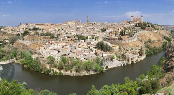 View over Tajo River at Santa Maria Cathedral and Alcazar, UNESCO World Heritage Site, Toledo, Castilla-La Mancha, Spain, Europe - RHPLF07454