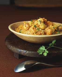 Hähnchen Curry mit Kartoffeln - PPXF00269