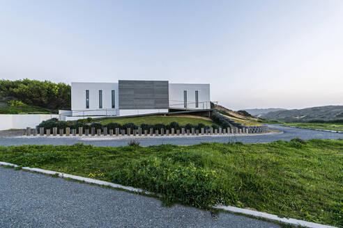 Driveway to a modern villa - SBOF01979