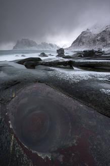 Uttakleiv beach, Lofoten, Nordland, Arctic, Norway, Europe - RHPLF08559