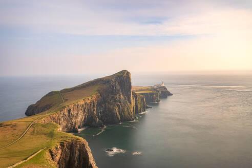 Neist Point Lighthouse, Waterstein, Isle of Skye, Highlands, Scotland, UK - SMAF01488