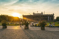 The Old Museum in Berlin, late afternoon with the Lustgarten in front on Museum Island, UNESCO World Heritage Site, Berlin, Germany, Europe - RHPLF09470