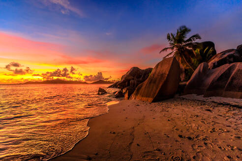 Anse Source d'Argent Beach at sunset, La Digue, Seychelles, Indian Ocean, Africa - RHPLF10081
