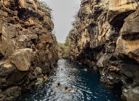 Las Grietas, Santa Cruz (Indefatigable) Island, Galapagos, UNESCO World Heritage Site, Ecuador, South America - RHPLF11662