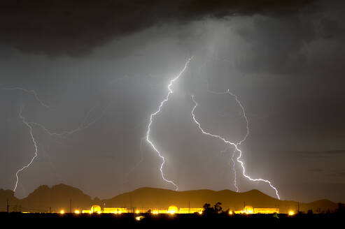 Nuclear Lightning, a lightning storm striking near a nuclear power plant in Wintersburg during the 2015 Monsoon Season, Arizona, United States of America, North America - RHPLF11838