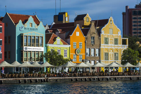 Houses by Sint Annabaai in Willemstad city during sunny day, Curaçao - RUNF03221