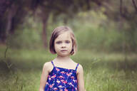 Portrait of little girl in nature - XCF00254