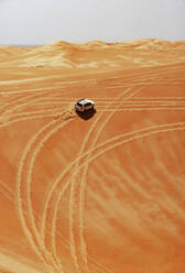 Sultanate Of Oman, Wahiba Sands, Dune bashing in a SUV - WWF05304