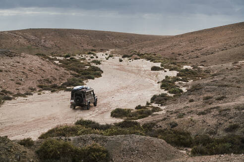 Overland adventure while driving a 4x4 in fuerteventura - CAVF63741