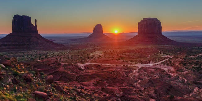 Sunset in the Monument Valley - CAVF65727