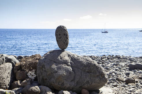 Cairn at the beach, Valle Gran Grey, La Gomera, Canary Islands, Spain - MAMF00901