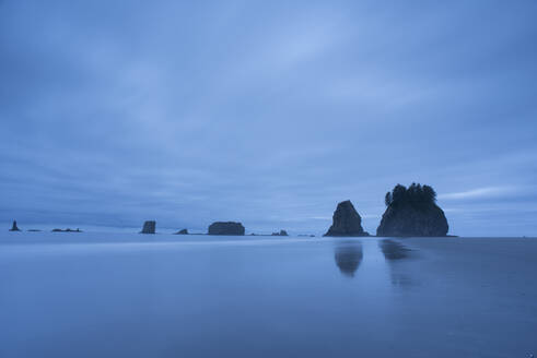 First Beach at dawn, Olympic National Park, UNESCO World Heritage Site, Washington State, United States of America, North America - RHPLF12460