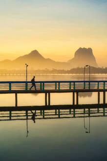 Calm Sunrise - CAVF68691