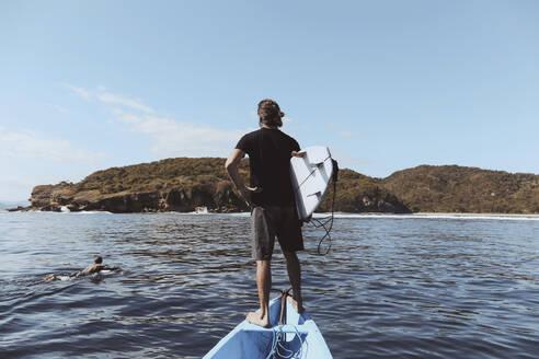 Surfer in a boat - CAVF68712