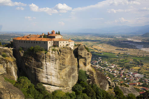 Holy Monastery of St. Stephen, Meteora, UNESCO World Heritage Site, Thessaly, Greece, Europe - RHPLF12652