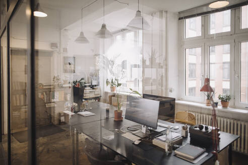 Interior of a loft office - GUSF02761