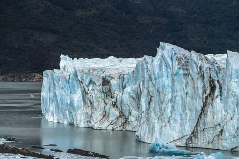 Perito Moreno and Lago Argentino, Los Glaciares National Park, UNESCO World Heritage Site, Santa Cruz, Argentina, South America - RHPLF13151