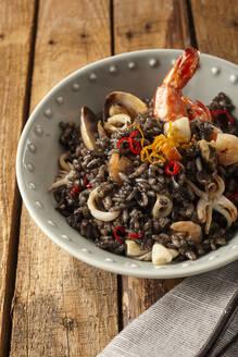Risotto frutti di mare in bowl - DREF00014