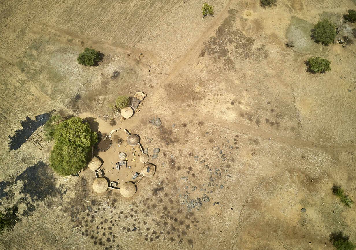 Burkina Faso, Fada N'Gourma, Aerial view of small village - VEGF01290 - Veam/Westend61
