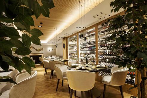 Interior of a fancy restaurant - VABF02545