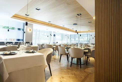 Interior of a fancy restaurant - VABF02551