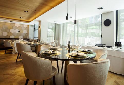 Interior of a fancy restaurant - VABF02554