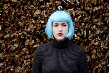 Young woman wearing blue wig - FLLF00388