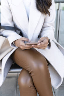 Close-up of woman using smartphone - AFVF05369