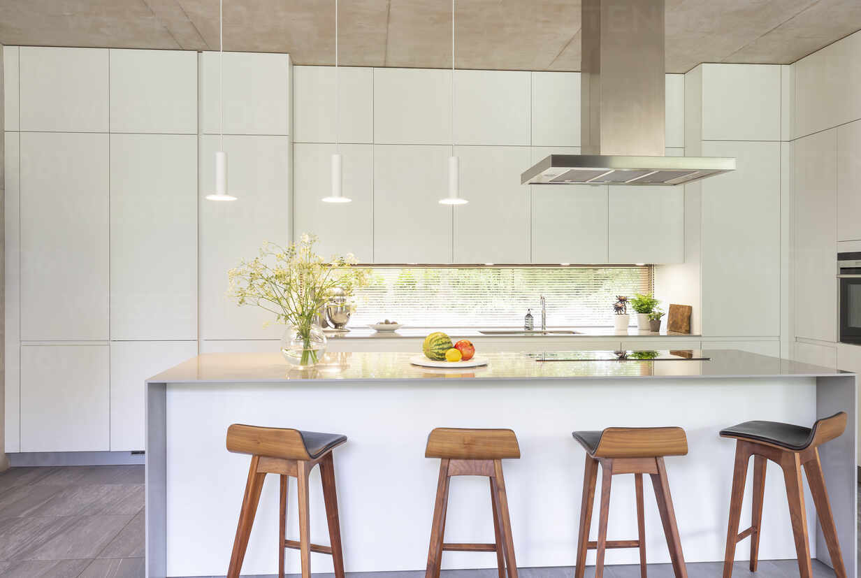 Modern White Kitchen With Island And Barstools Caif24693 Charlie Dean Westend61