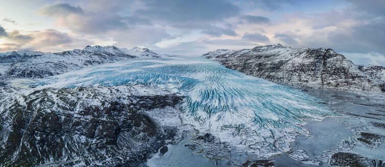 Iceland, Panorama ofFlaajokullglacier - TOVF00165