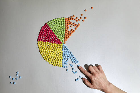 Hand and colorful pie chart - RBF07552