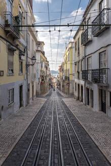 Portugal, Lisbon, Ascensor da Bica railway line - RPSF00297